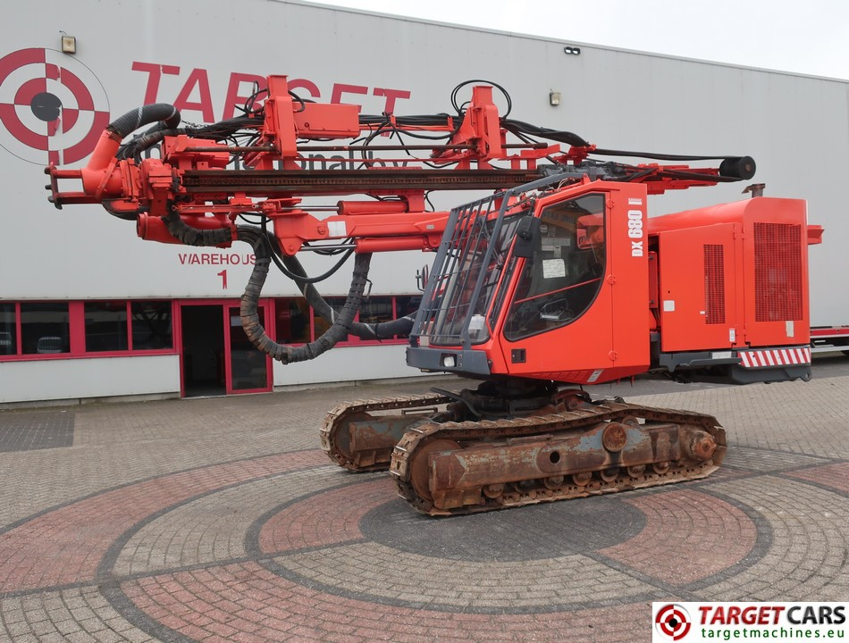 SANDVIK DX680 CRAWLER SURFACE TOP HAMMER HYDRAULIC DRILL RIG 2011