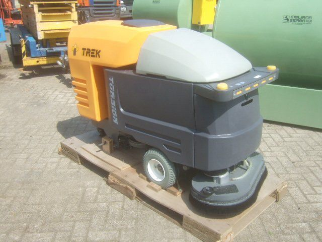 TREK TB4 TORSION AUTOMATIC SCRUBBER FLOOR CLEANER S05409