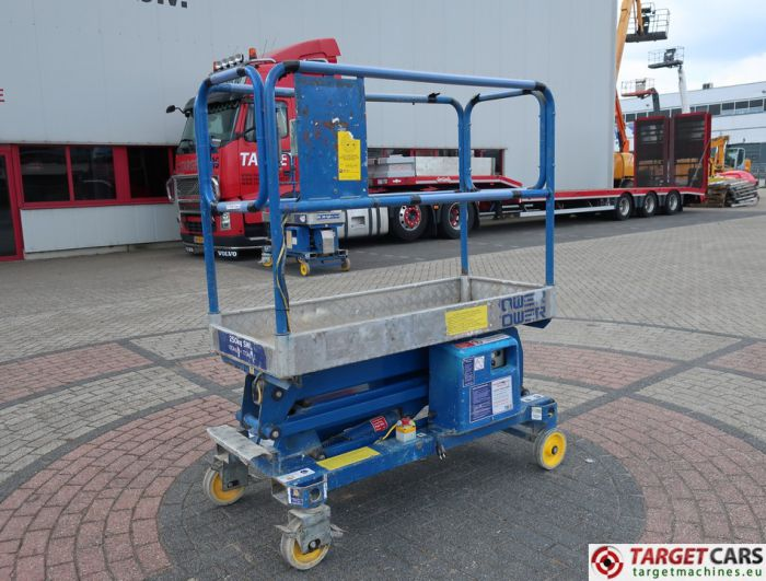 POWER TOWER PUSH AROUND ELECTRIC WORK LIFT 2010 510CM 12701110A