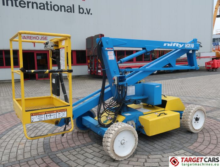 NIFTYLIFT HR10E ARTICULATED ELECTRIC BOOM WORKLIFT 200 1000CM 10-8252
