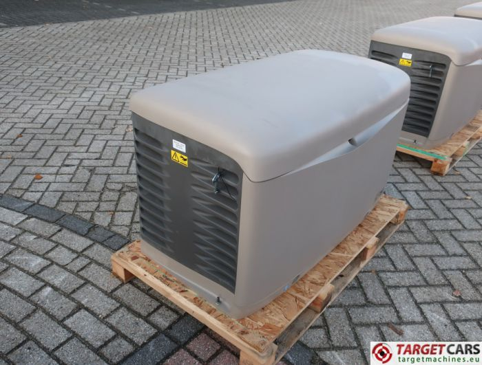 SDMO RESA14TEC RESIDENTIAL GAS GENERATOR 12KVA 400V/230V KOHLER ENGINE NEW/UNUSED 2015 SGM32CWFR