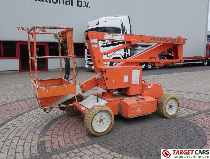 NIFTYLIFT HR12NDE NIFTY ARTICULATED BI-FUEL BOOM WORKLIFT 2004 1220CM 12-12097